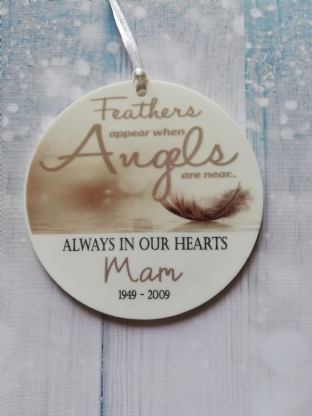 Feathers Appear Acrylic Christmas Ornament Decoration